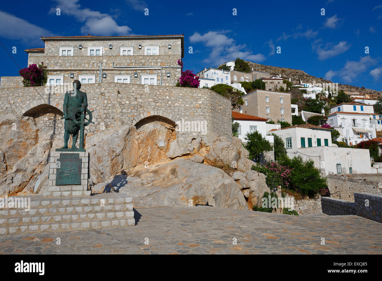Statue of Admiral Miaoulis hero from the Greek War of Independence - Stock Image