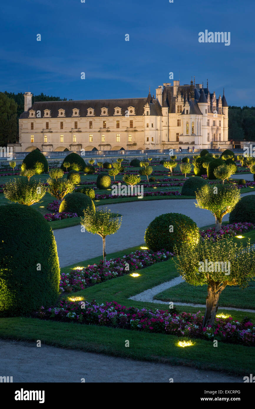 Lighted Garden of Diane de Poitiers and Chateau de Chenonceau in the Loire Valley, Centre France - Stock Image