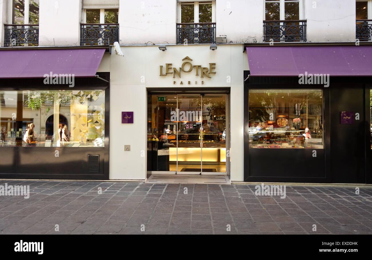 Facade Lenotre, upscale bakery store, chocolate, pastries, Bastille, Paris - Stock Image