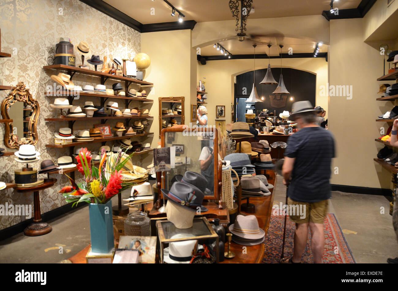 3d58b2b97a1ba goorin bros hat shop new orleans Stock Photo  85119090 - Alamy