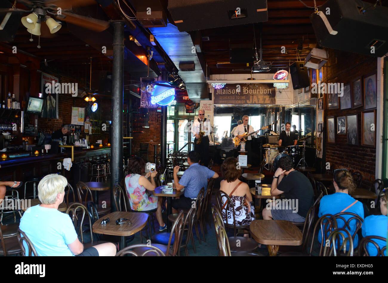 Maison boubon jazz club bourbon st new orleans