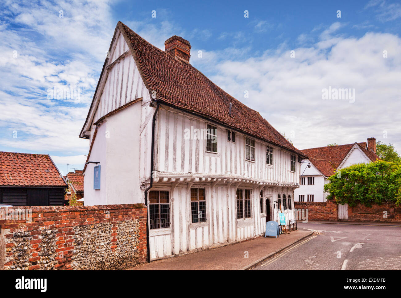 A Grade 1 listed building, Tudor shops in Lavenham, England's best preserved medieval village, Suffolk, England. - Stock Image
