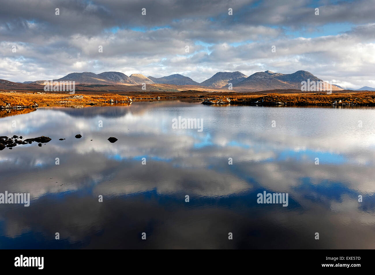 The Twelve Bens, Irish Landscape, Connemara, County Galway, Republic of Ireland, Europe. - Stock Image