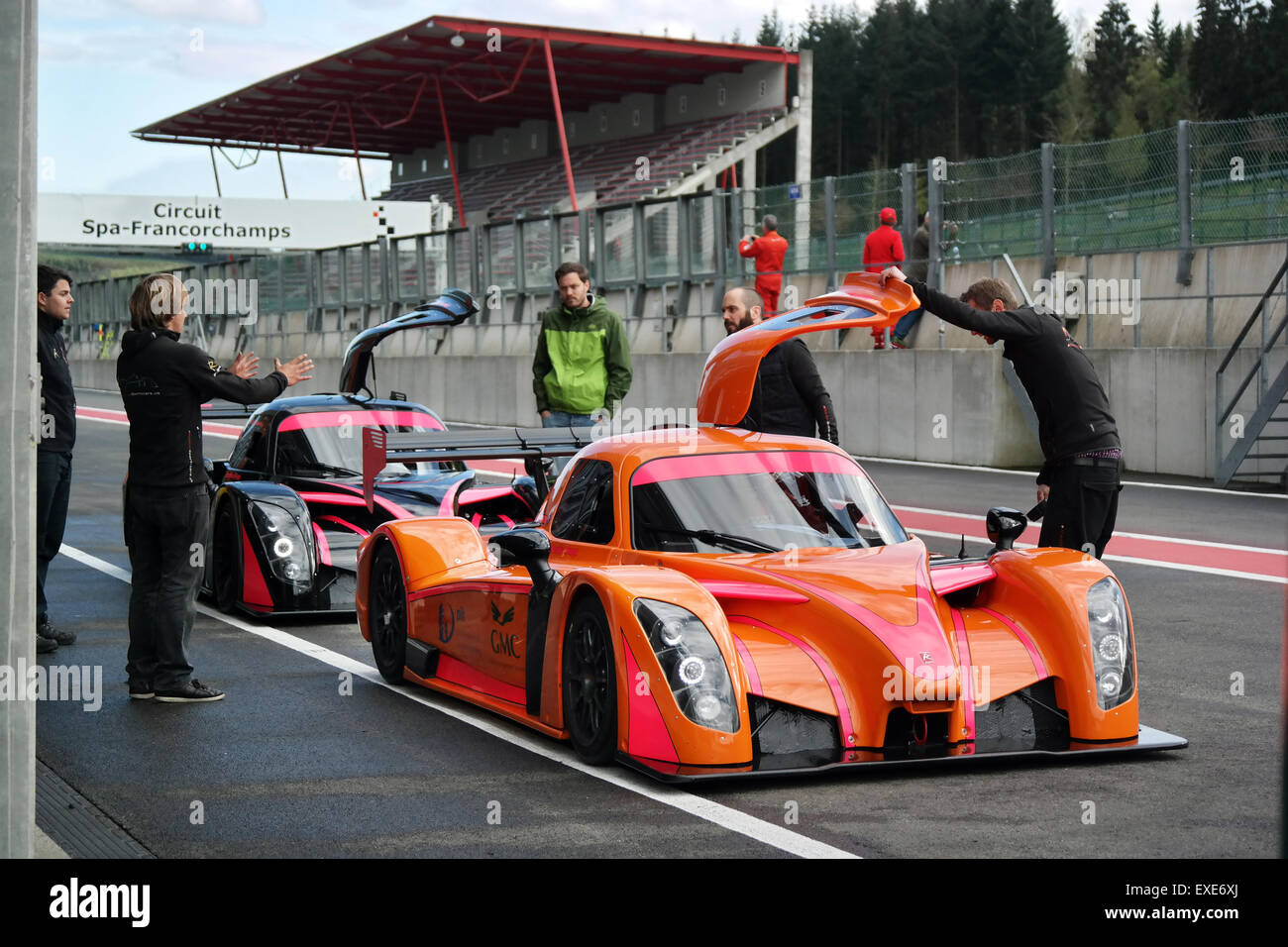 Radical Sportscars in the pitlane on Circuit de Spa-Francorchamps - Stock Image
