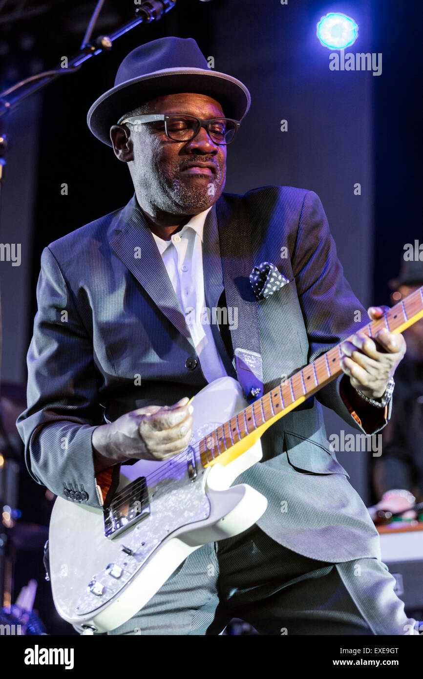 London, UK, 12th July 2015. The Specials Outdoor Concert, Kew Gardens Credit:  Robert Stainforth/Alamy Live News Stock Photo