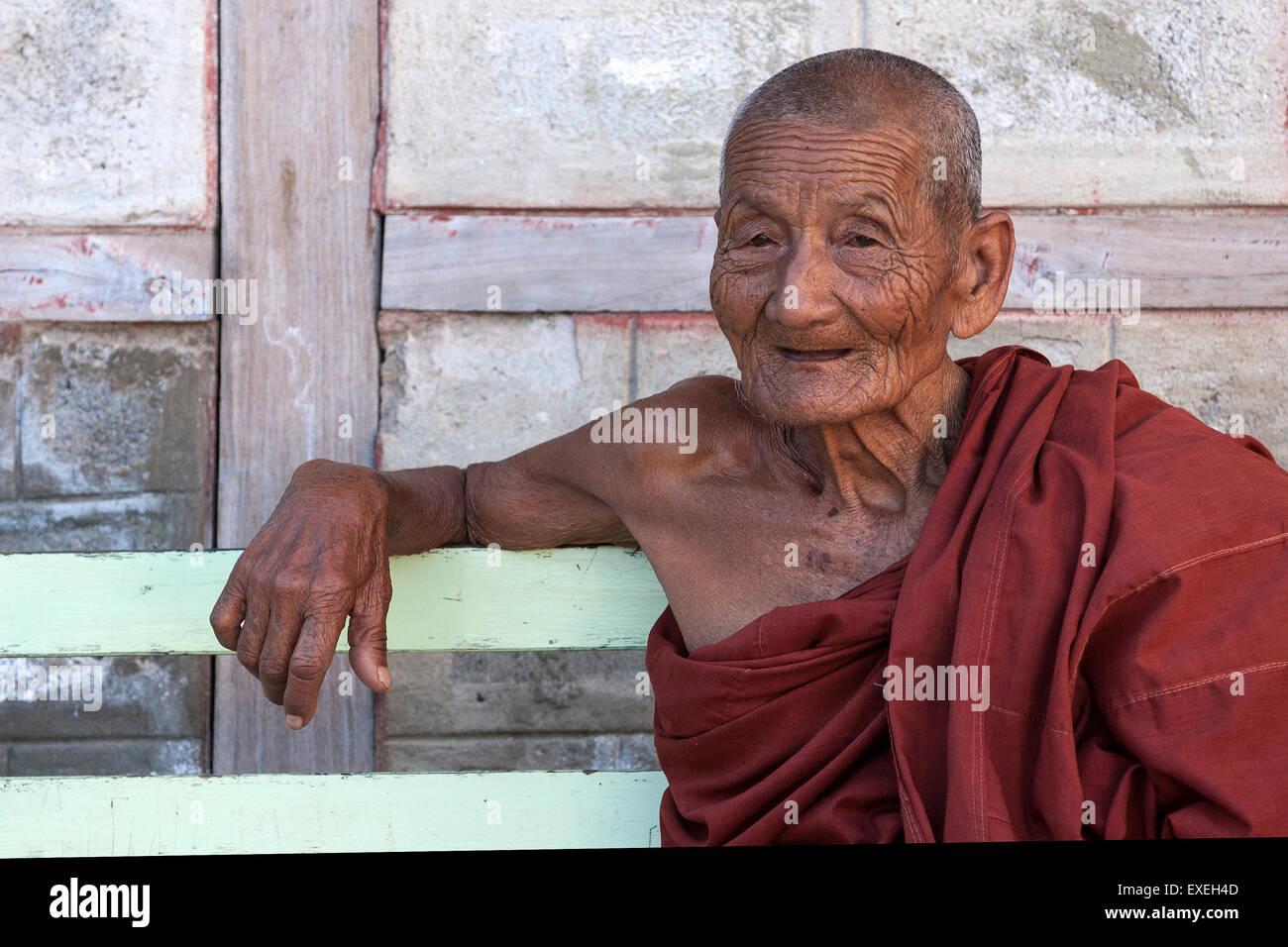 Old monk, Shwe Yan Bye Monastery, near Nyaungshwe, Inle Lake, Shan State, Myanmar - Stock Image