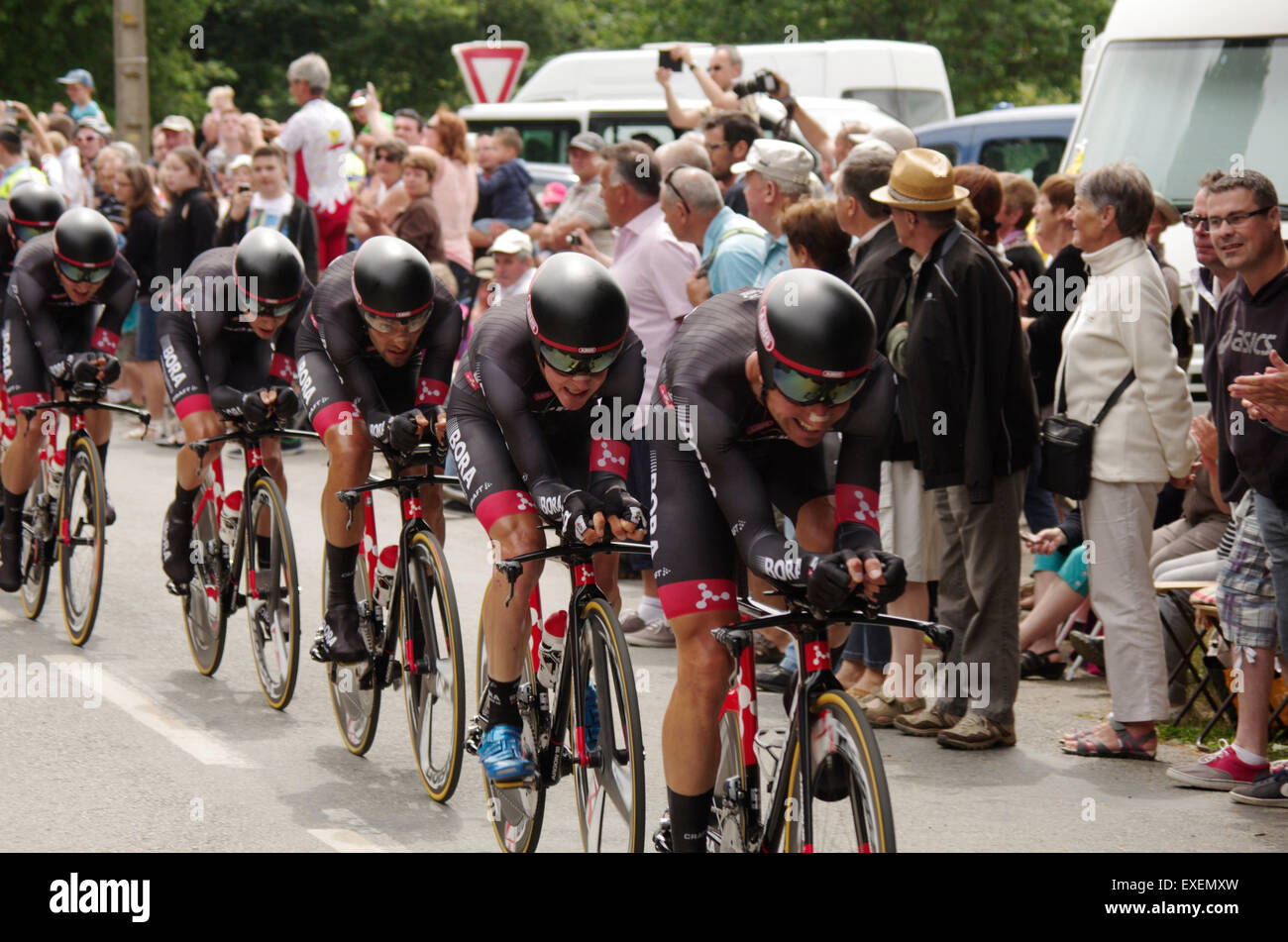 Team Bora-Argon 18 competing at the Tour de France 2015 Stage 9 Team Time  Trial Credit  Luke Peters Alamy Live News 83b4d5ead