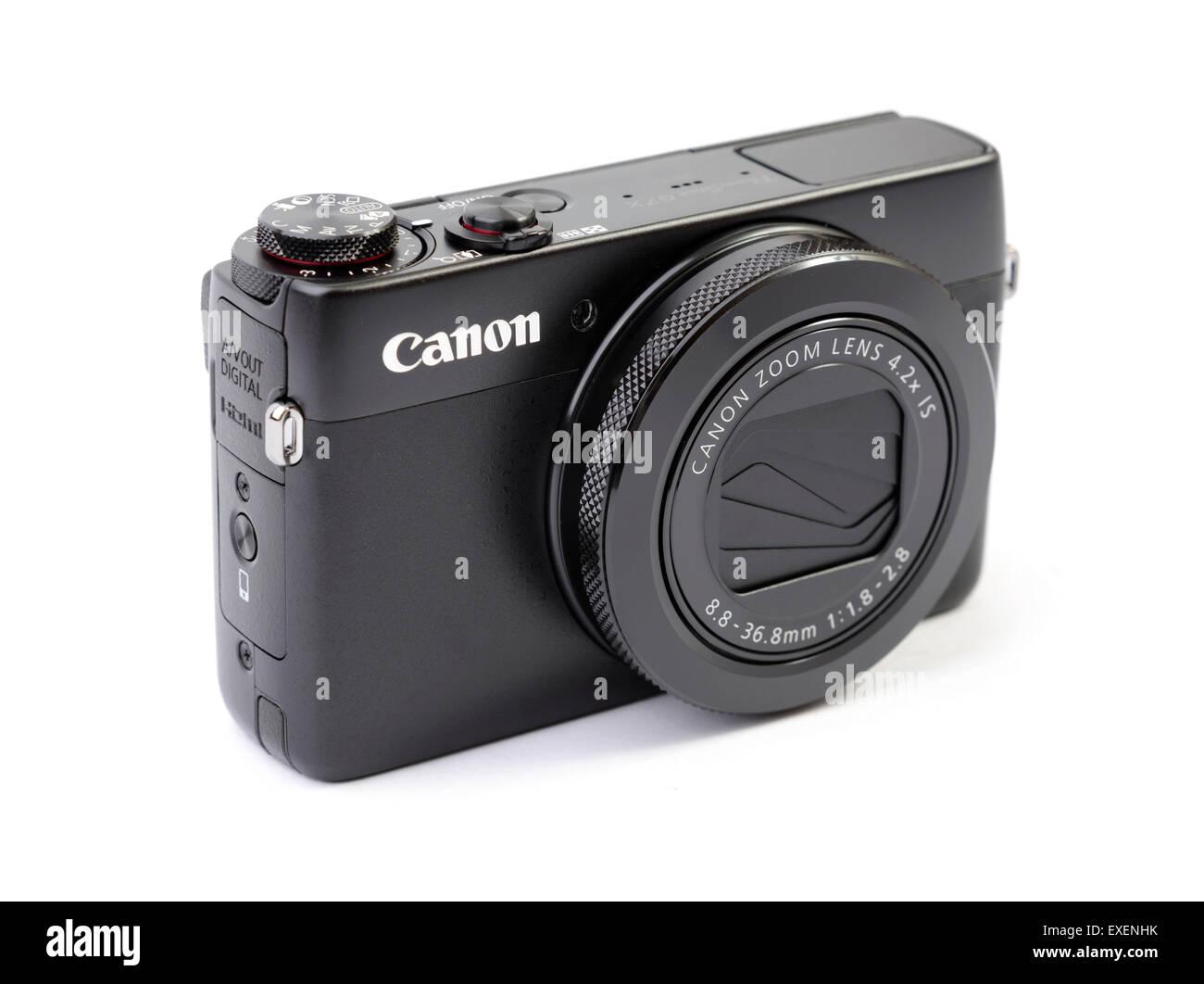 Canon PowerShot G7X compact digital camera isolated on white background - Stock Image