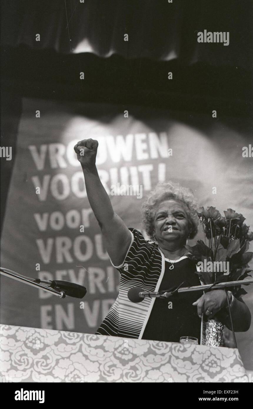 Feest Nederlandse Vrouwenbeweging (NVB) ivm 35-jarig bestaan met bekende Am Stock Photo