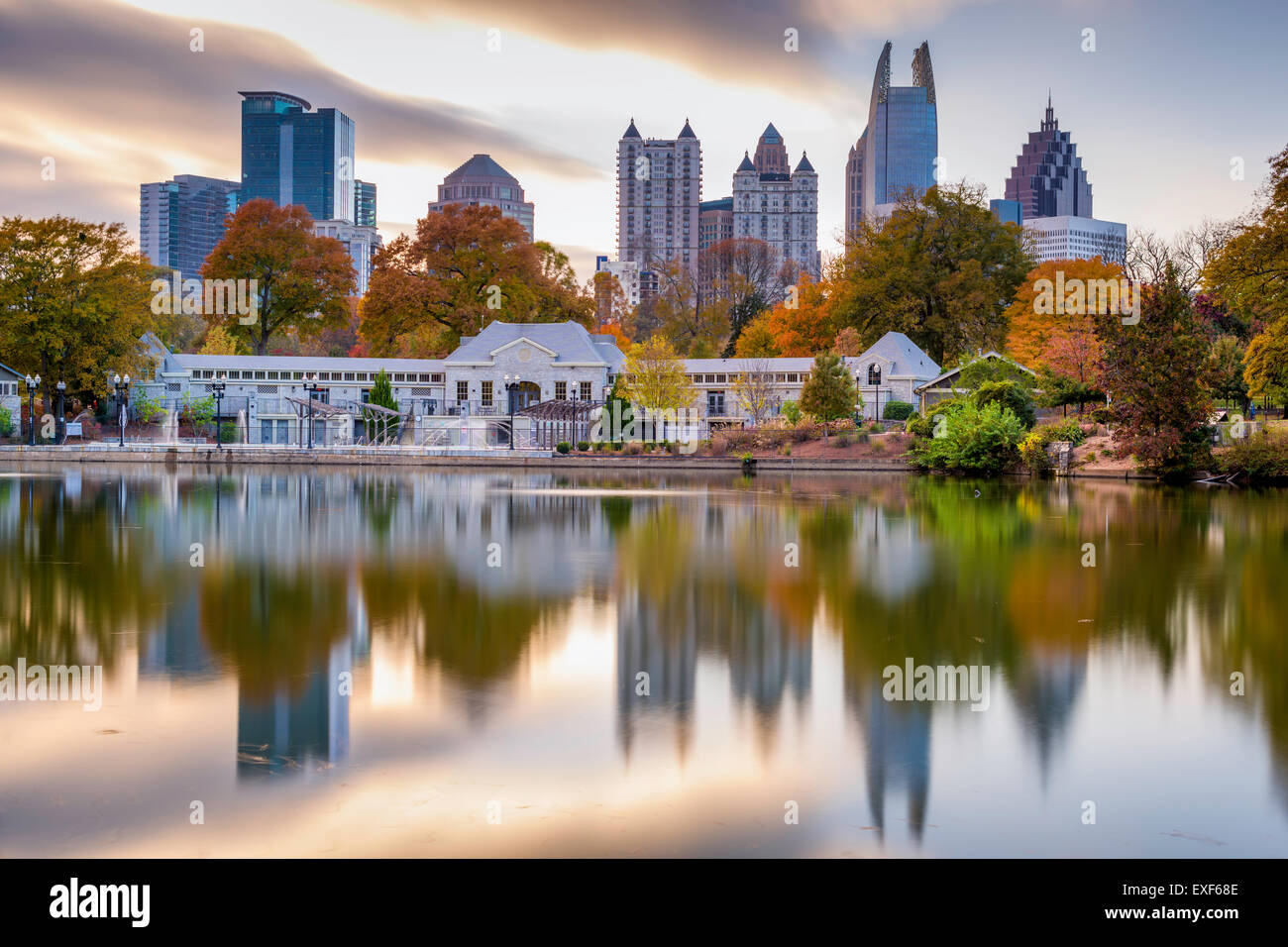 atlanta georgia usa autumn skyline from piedmont park stock photo 85156750 alamy. Black Bedroom Furniture Sets. Home Design Ideas