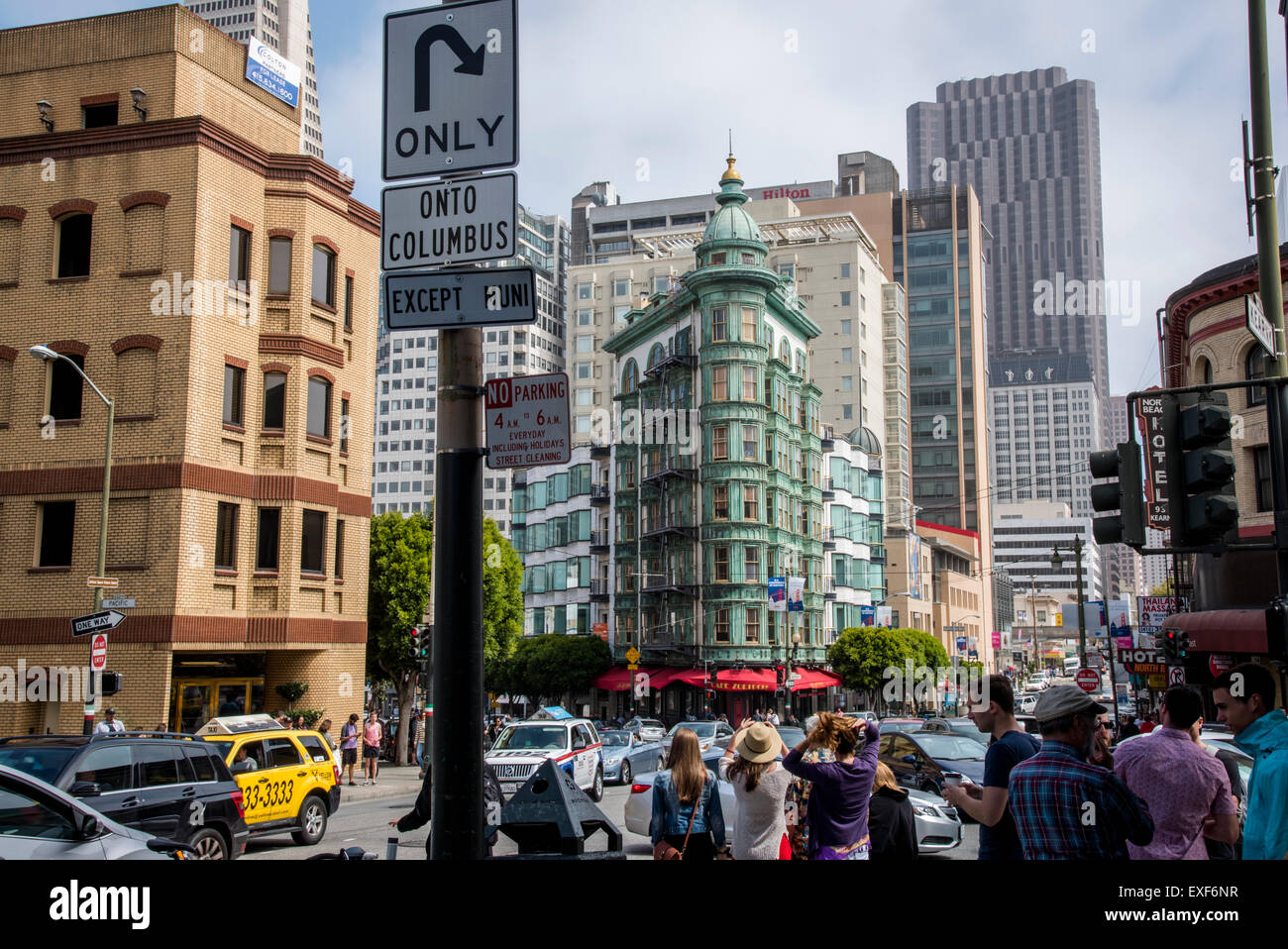 Life in Downtown SF - Views - Stock Image