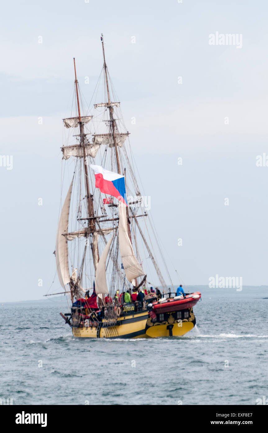Class B tall ship, La Grace, leaves Belfast during the start of the 2015 Tall Ships race - Stock Image