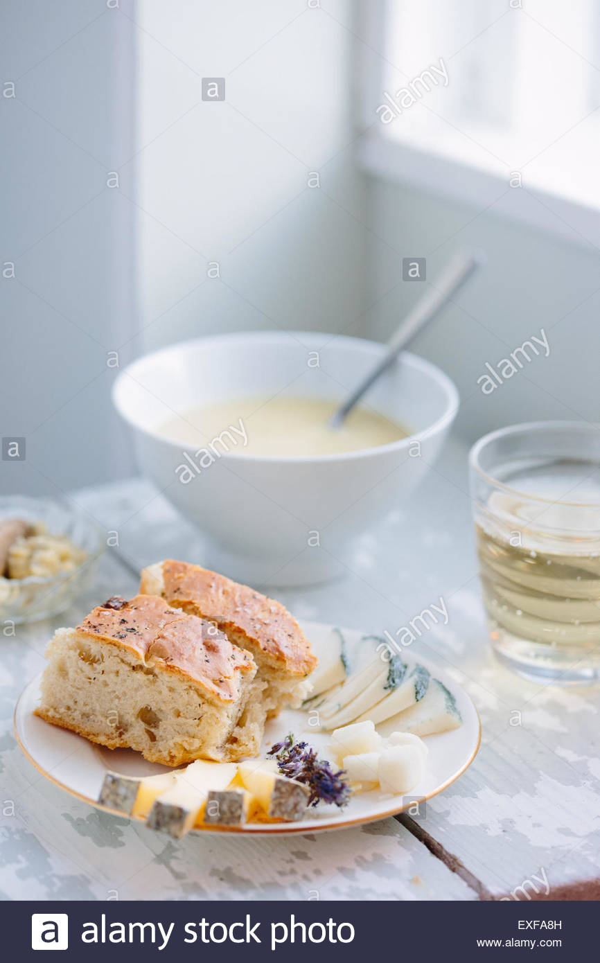 The Soup Kitchen Stock Photos & The Soup Kitchen Stock Images - Alamy