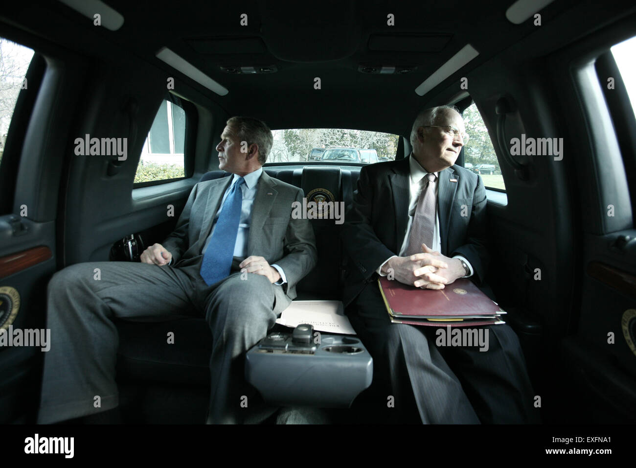 president bush and vice president cheney inside the presidential stock photo 85168553 alamy. Black Bedroom Furniture Sets. Home Design Ideas