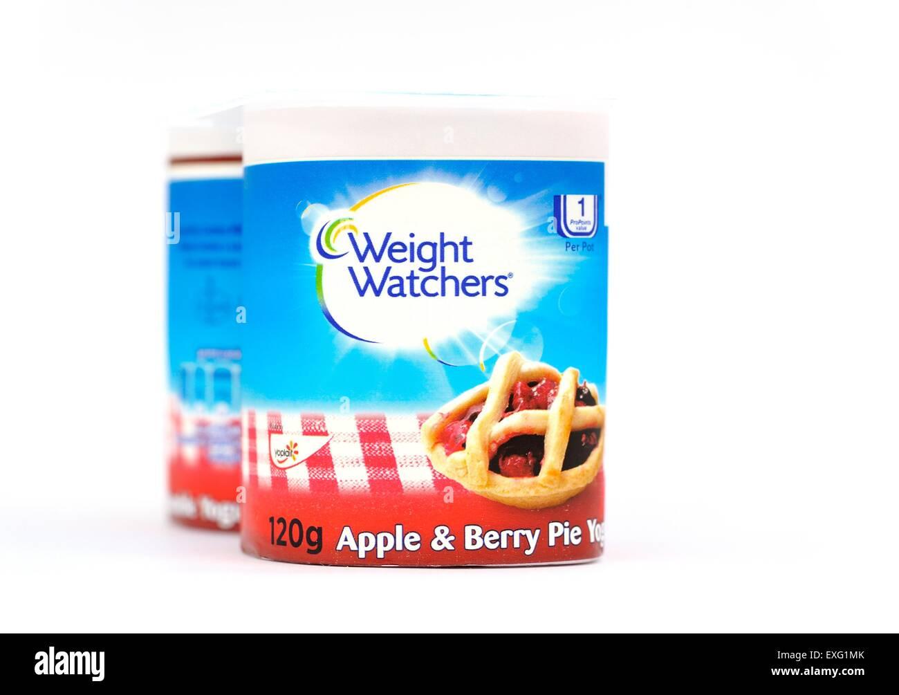 Weight watchers apple and berry pie yogurt 120g - Stock Image