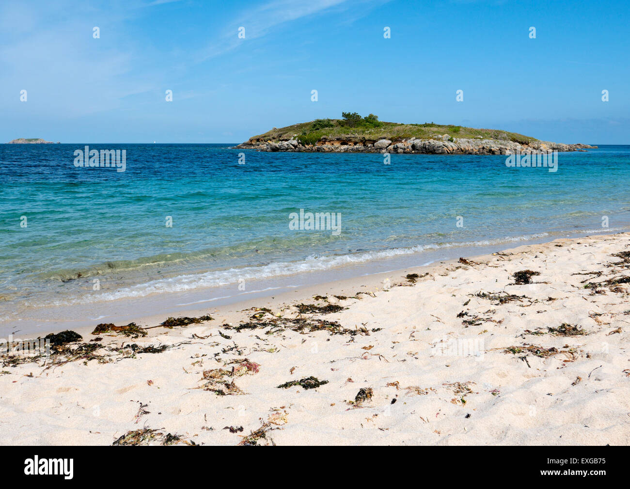 Pelistry Bay beach and Toll's island, St. Mary's, Isles of Scilly, Cornwall England. - Stock Image