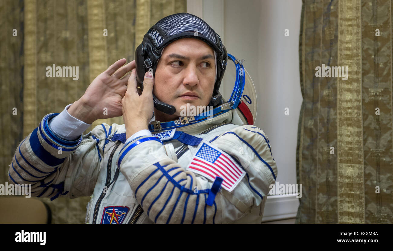 NASA astronaut Kjell Lindgren participates in the second day of qualification exams with Russian cosmonaut Oleg - Stock Image