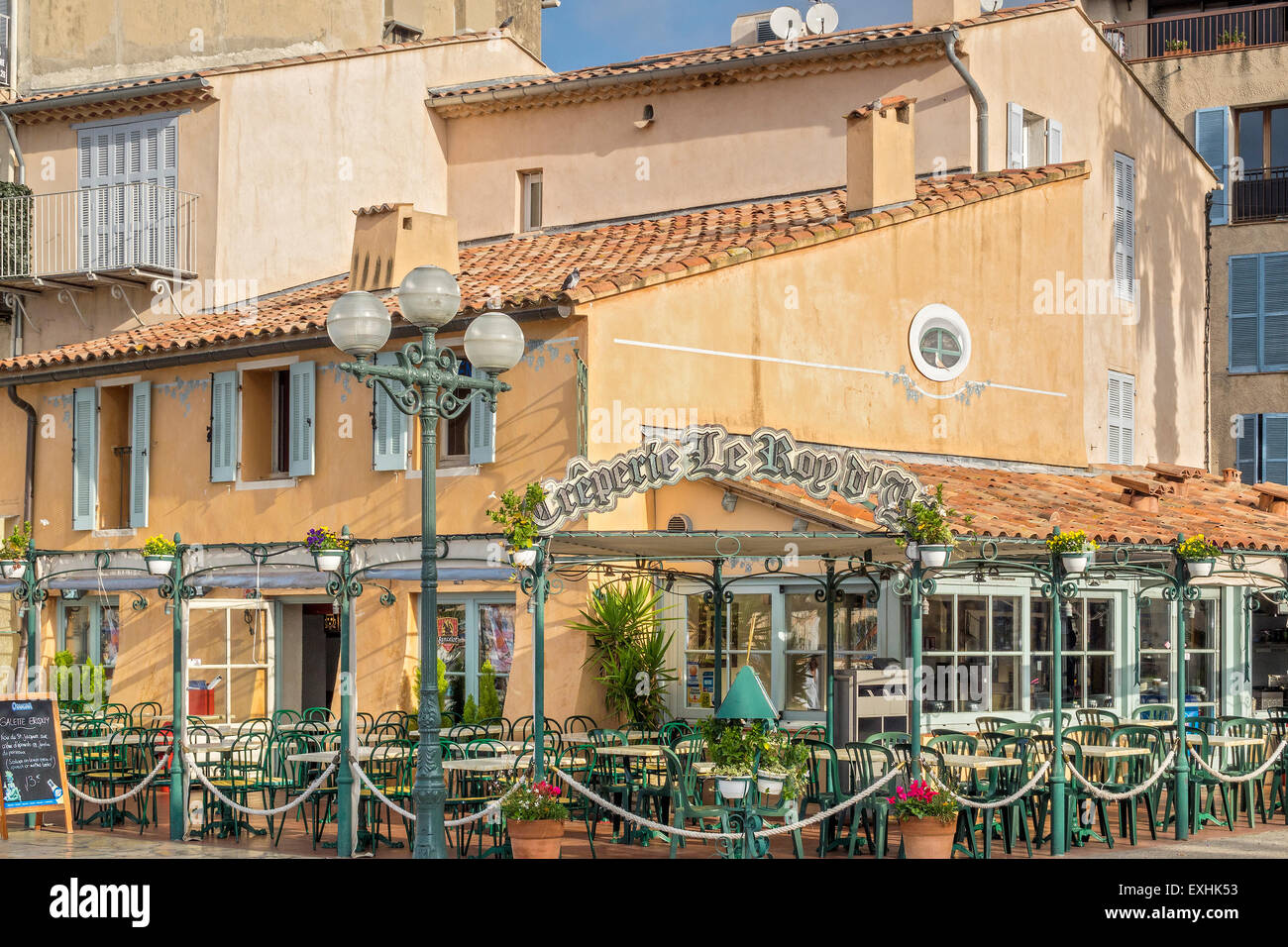 sanary sur mer france french stock photos sanary sur mer france french stock images alamy. Black Bedroom Furniture Sets. Home Design Ideas