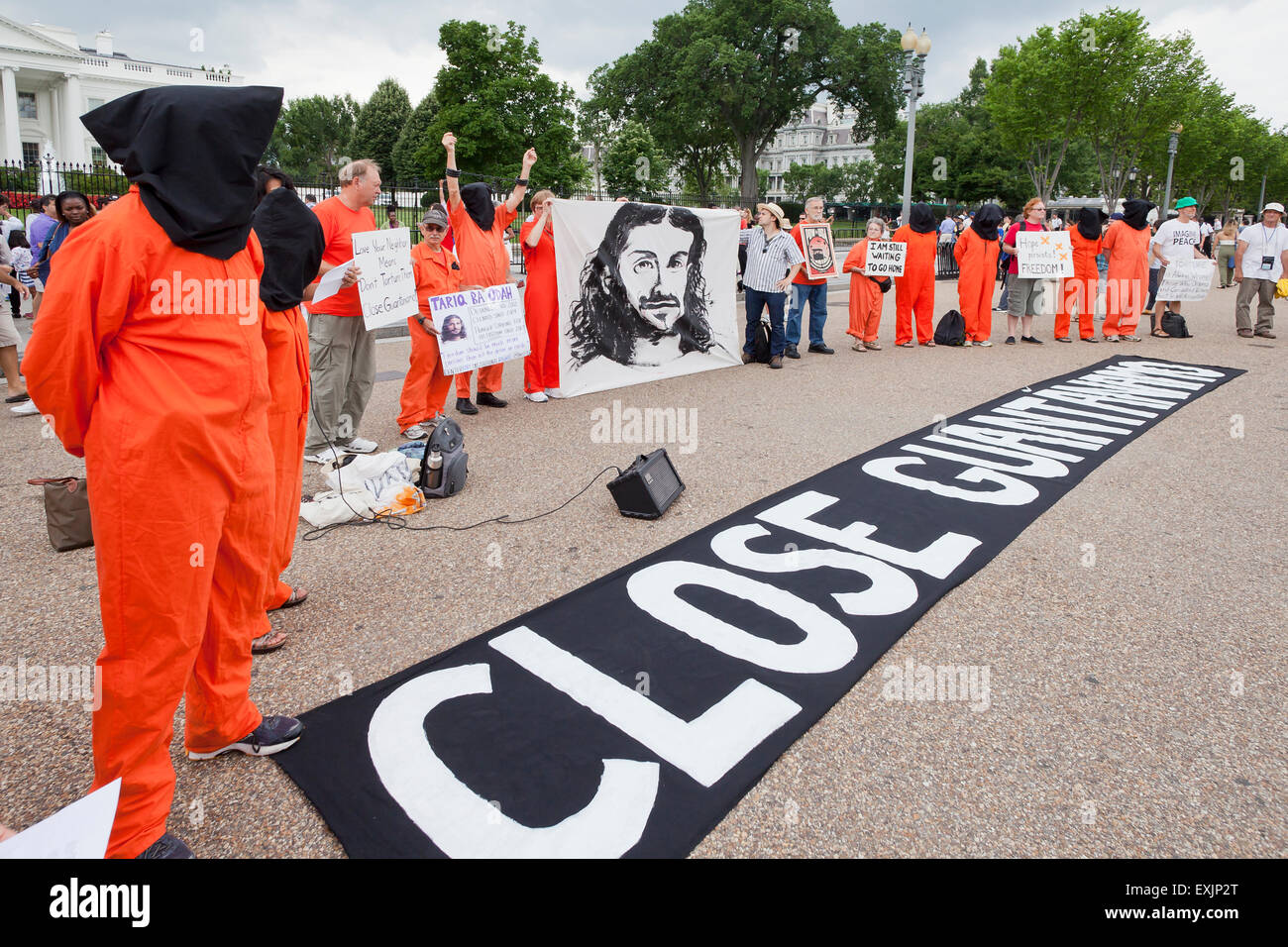 Human rights activists protesting for the closure of Guantanamo Bay prison in front of the White House - Washington, - Stock Image