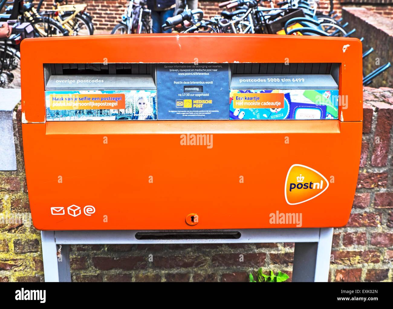 Letter Box in Arcen, Netherlands: Briefkasten in Arcen, Niederlande - Stock Image