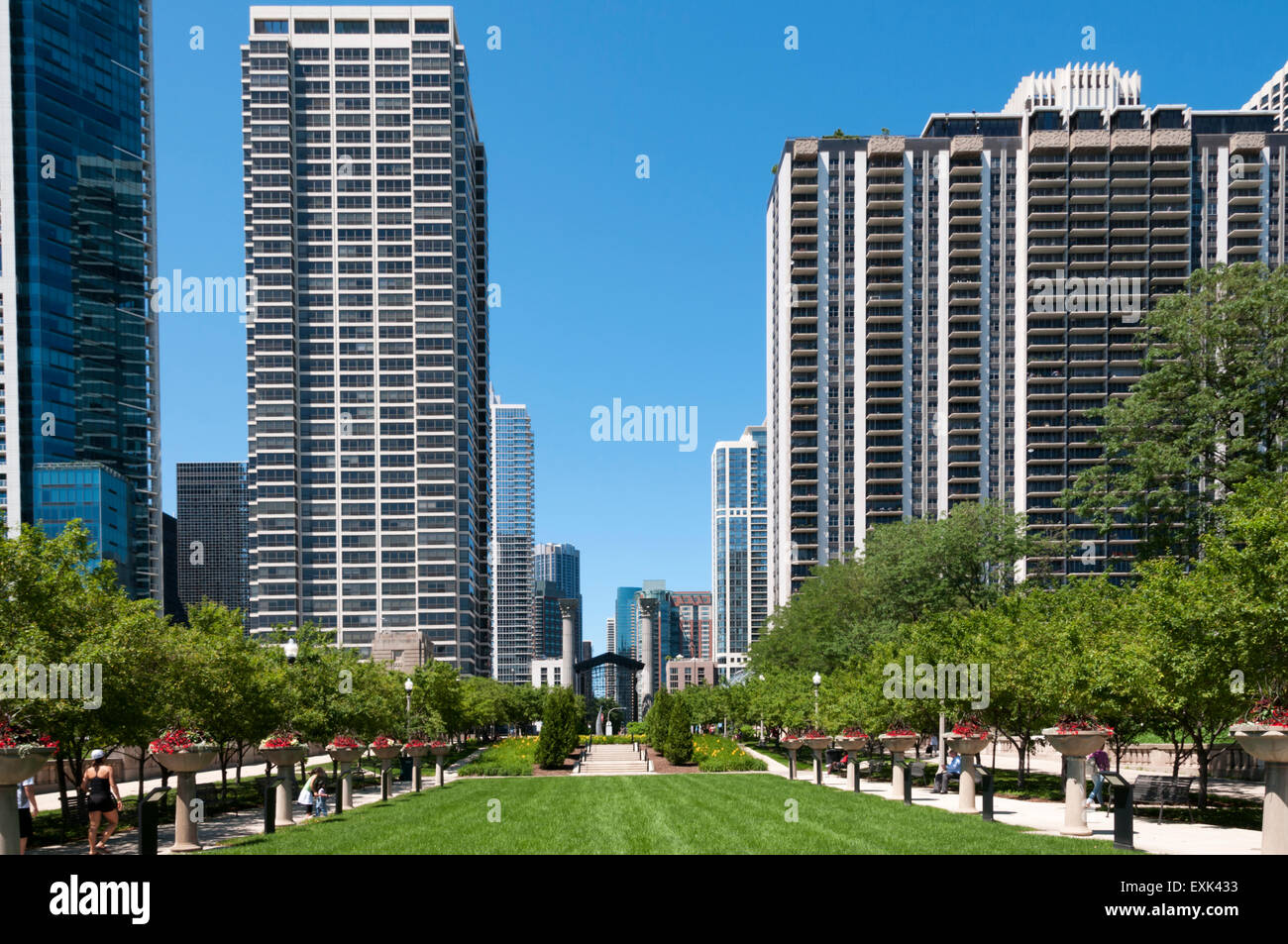 The Richard & Annette Bloch Cancer Survivors' Garden in Grant Park, Chicago. - Stock Image