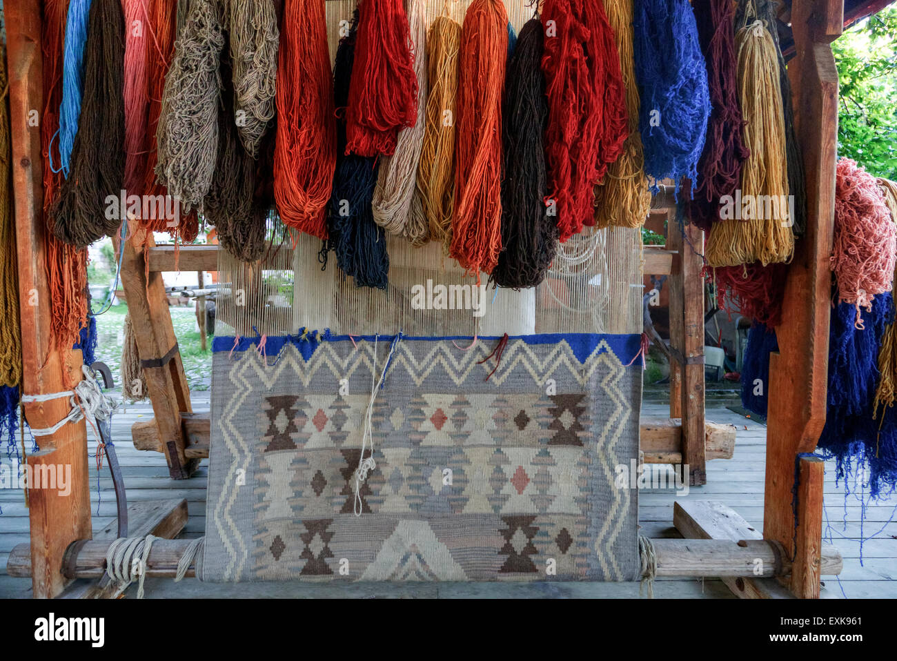 weaving loom for Turkish carpets - Stock Image