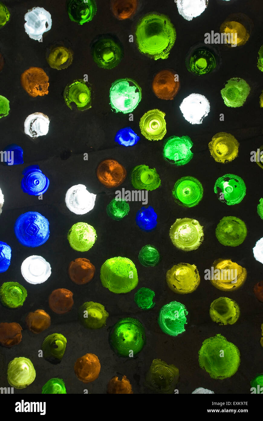 Wine Bottles as  wall building material - Stock Image