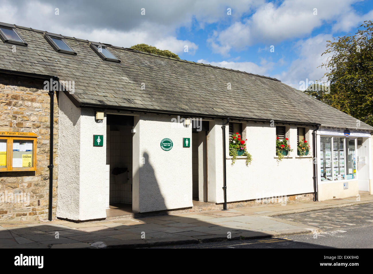 Public conveniences on Main Street, Sedbergh, Cumbria. These public toilets are provided by the Parish Council. - Stock Image