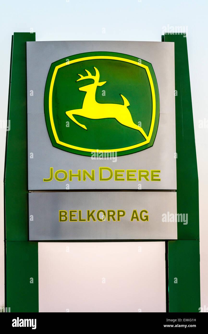 The John Deere dealership in Modesto California - Stock Image