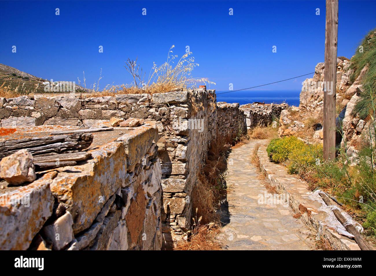 Sa Michalis ('Saint Michael') village, at the north side ('Apano Meria') of Syros island, Cyclades, - Stock Image