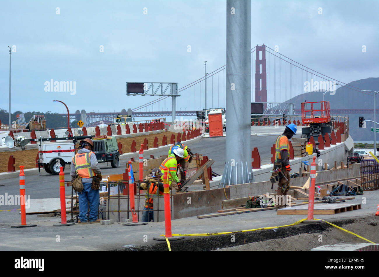 SAN FRANCISCO - MAY 21 2015:Road workers of San Francisco parkway tunnels at work.The Presidio Parkway is a regional - Stock Image