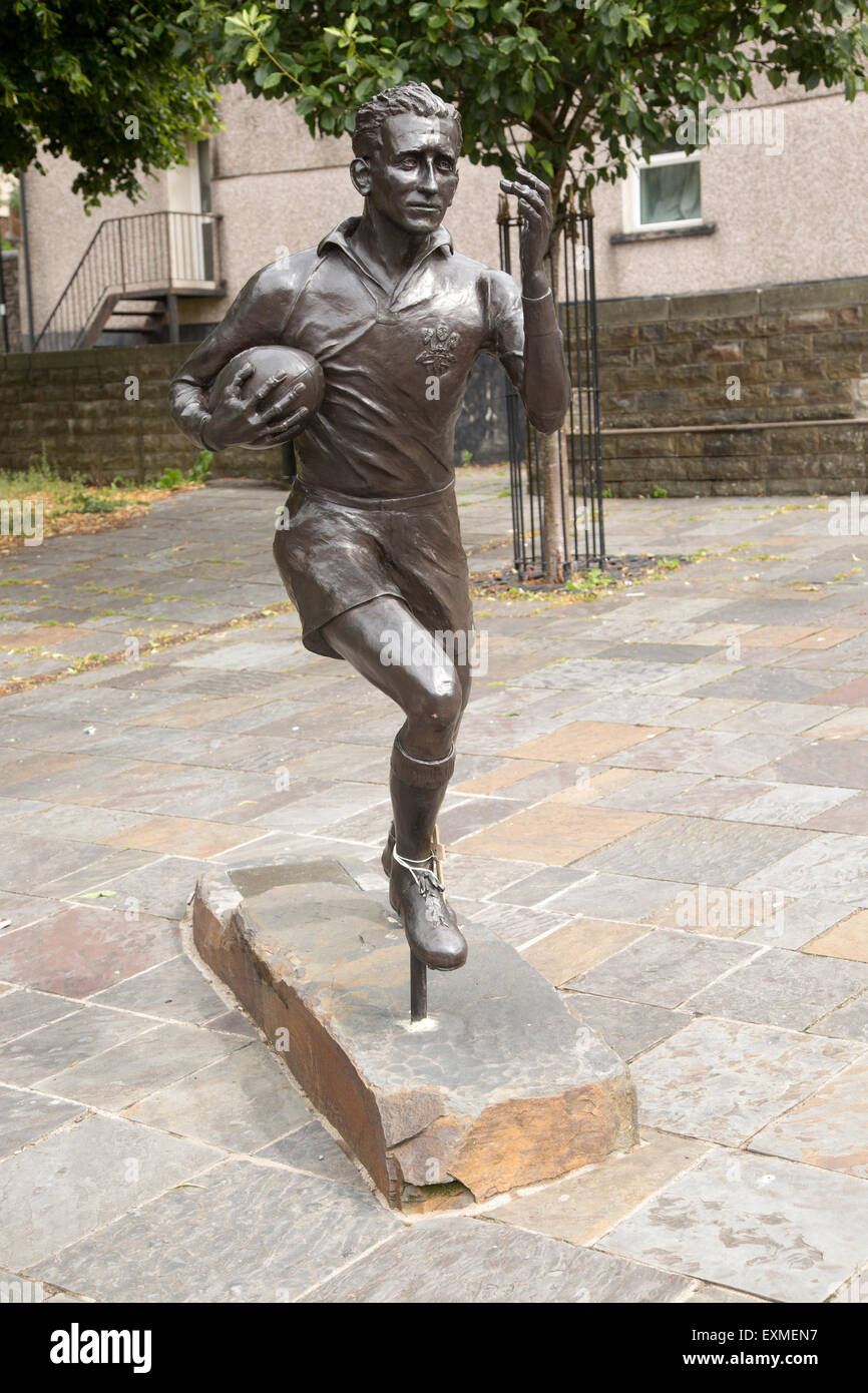 Statue of local hero rugby player, Ken Jones,  Blaenavon, Torfaen, Monmouthshire, South Wales, UK Stock Photo