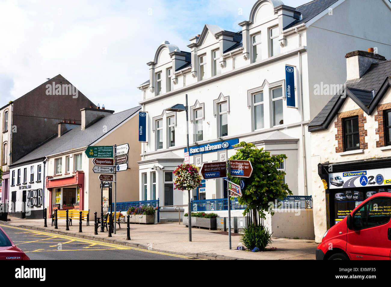 Bank of Ireland in An Clochán Liath, Dungloe or Dunglow a Gaeltacht town in County Donegal, Ireland. - Stock Image