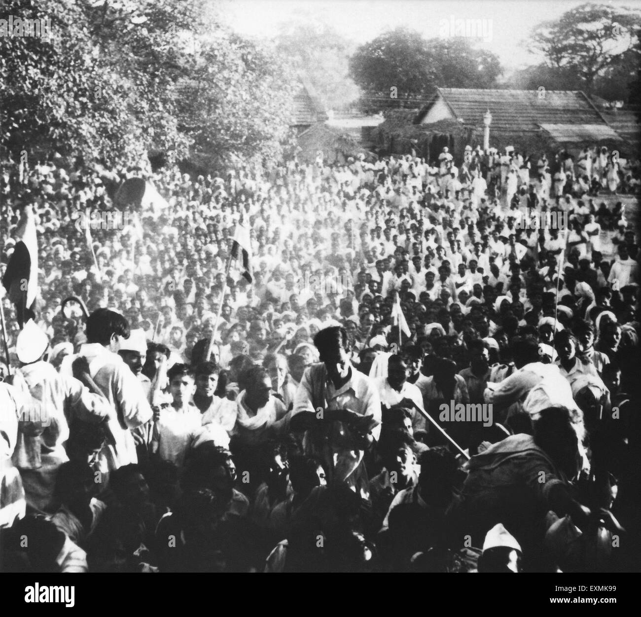 Crowds in the riot stricken area of Noakhali East Bengal ; November 1946 ; India NO MR - Stock Image