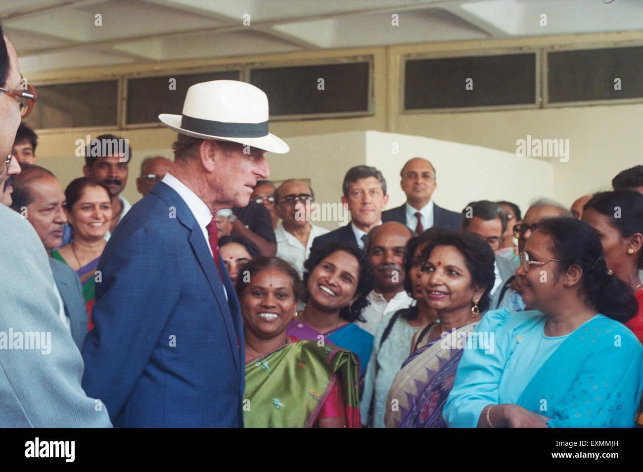 Prince Philip talking to Indian women, Mumbai India Stock Photo