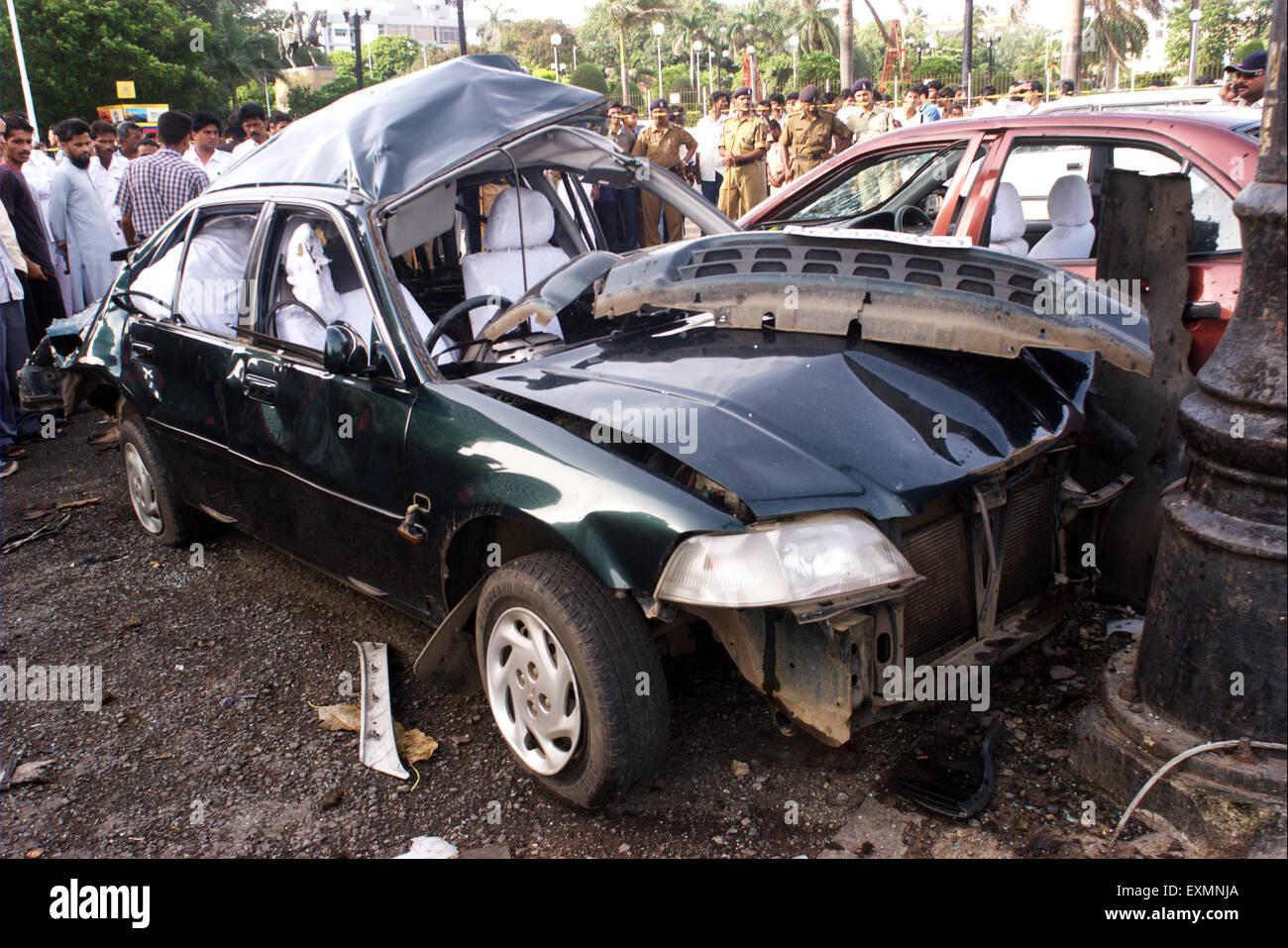 car damage bomb blast explosion Bombay Mumbai Maharashtra india - Stock Image