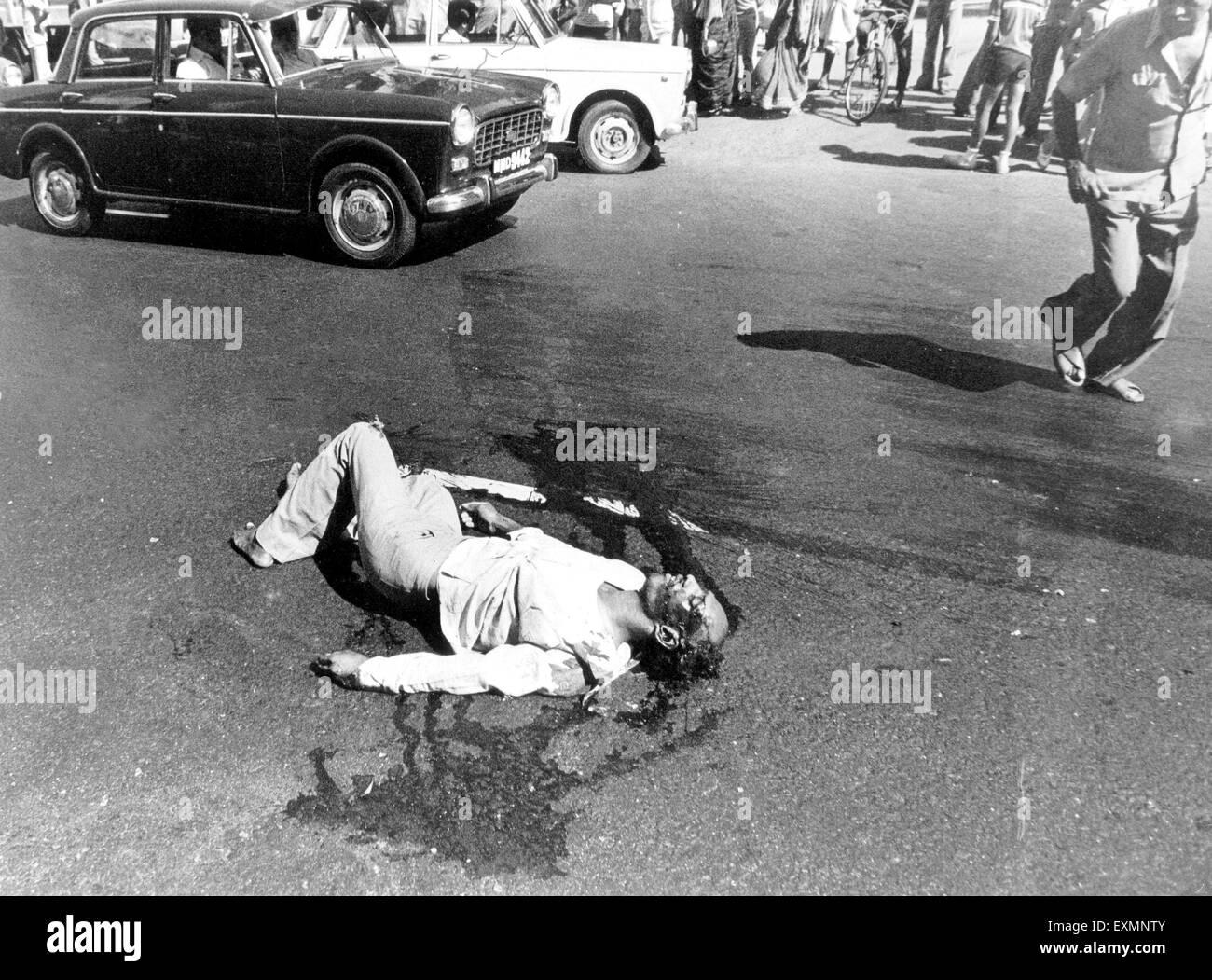 dead man road accident mumbai street india Stock Photo