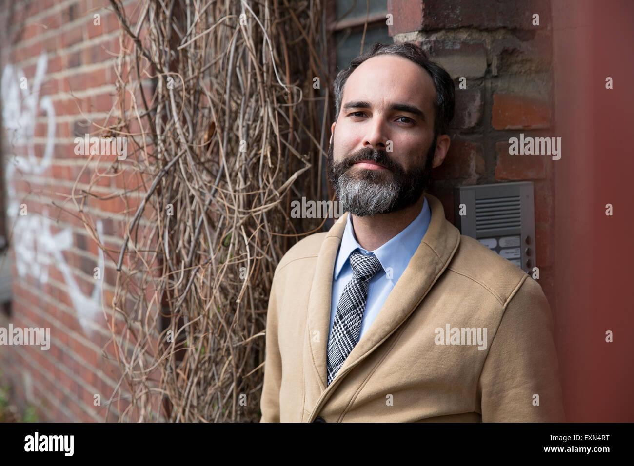 Fashionable man with grey beard leaning at door - Stock Image  sc 1 st  Alamy & Grey Beard Stock Photos \u0026 Grey Beard Stock Images - Alamy