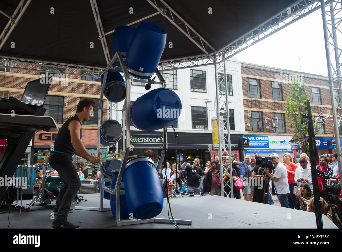 London, UK. 16th July 2015. Ben Walsh performs during 'The Streets' community cultural event as it launches in Ilford, Stock Photo