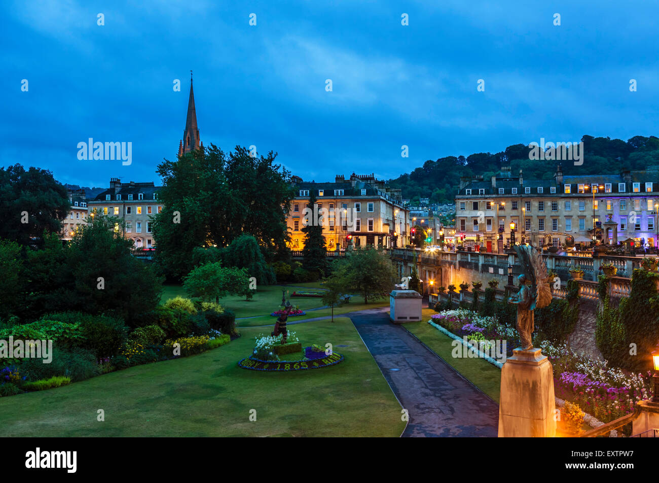 Night shot of Parade Gardens in the historic old city centre, Bath, Somerset, England, UK - Stock Image
