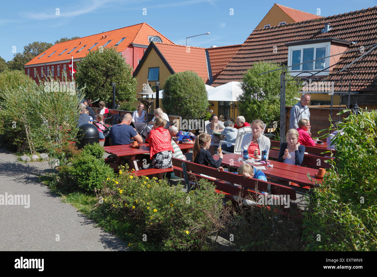 The ice-cream café at the end of Nørregade in Hundested  near Skansen and the path to Knud Rasmussen's - Stock Image