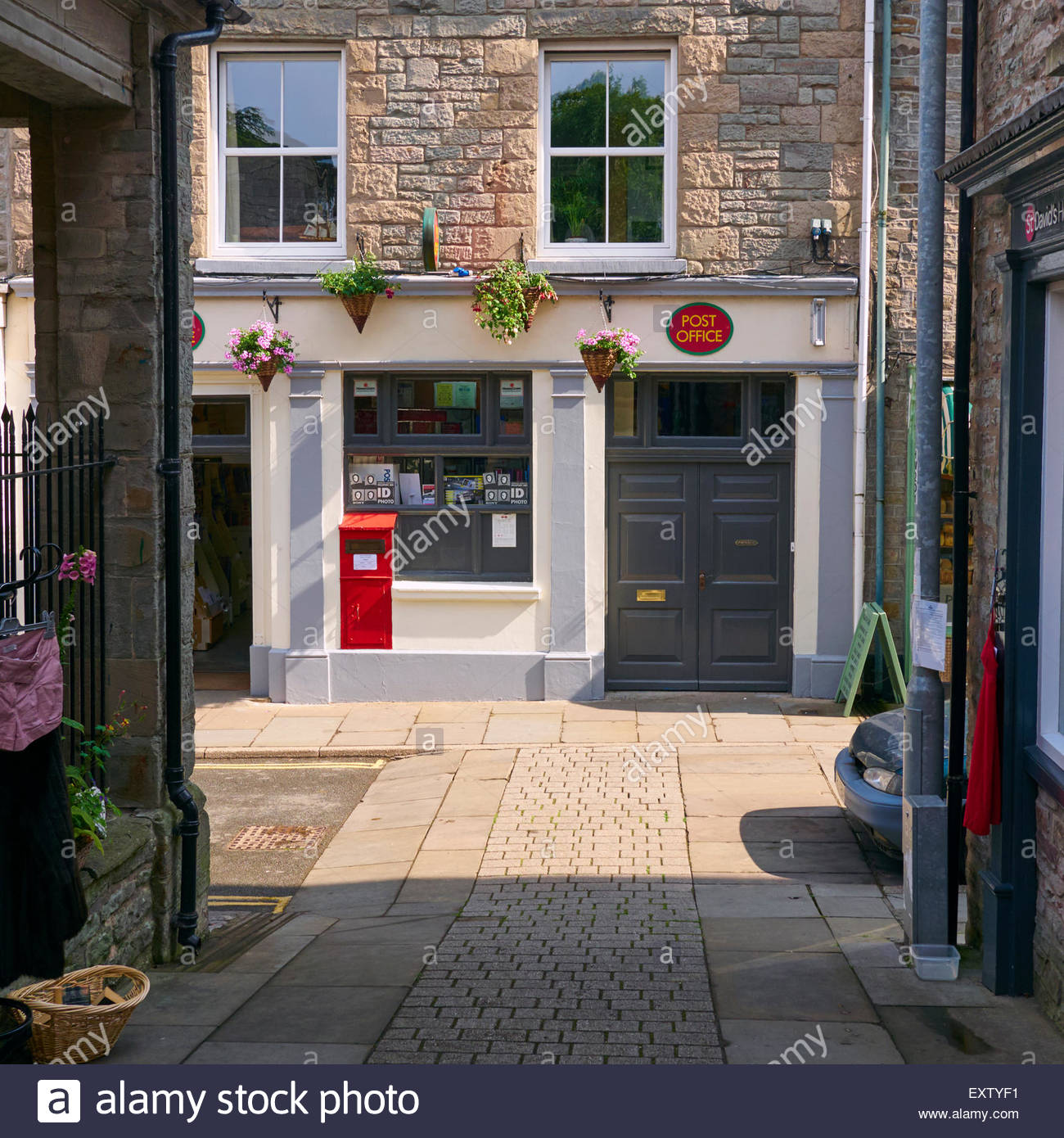 the post office in high town street hay on wye - Stock Image