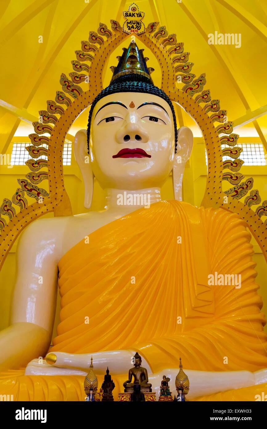 Statue, Kuil Gaya Buddha Sakya Muni Temple, Singapore, Asien - Stock Image