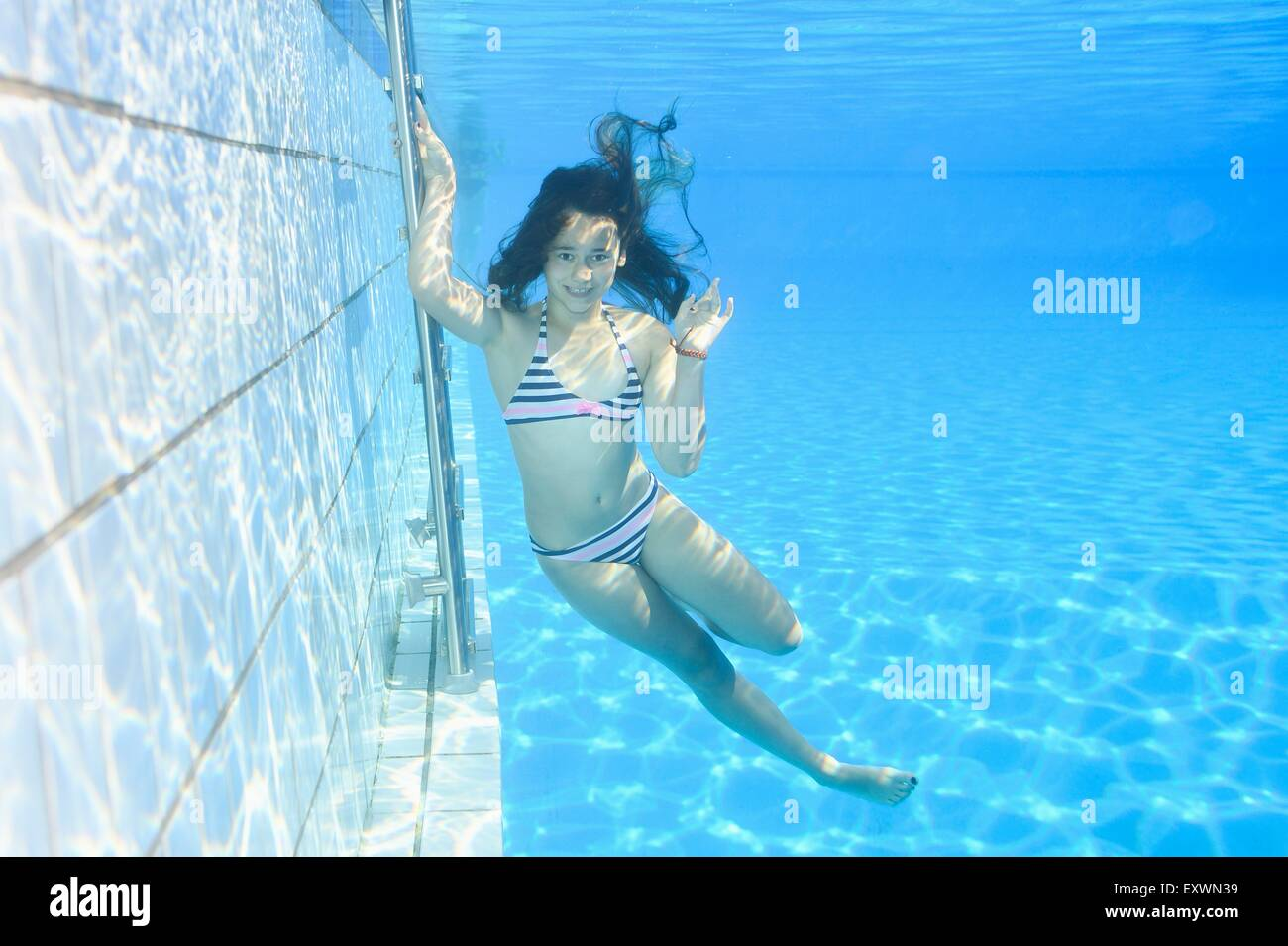 Girl under water in an open-air bath Stock Photo: 85387885 - Alamy