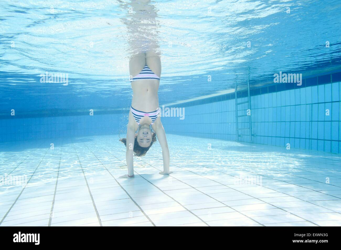Stands In Pool Stock Photos & Stands In Pool Stock Images - Alamy