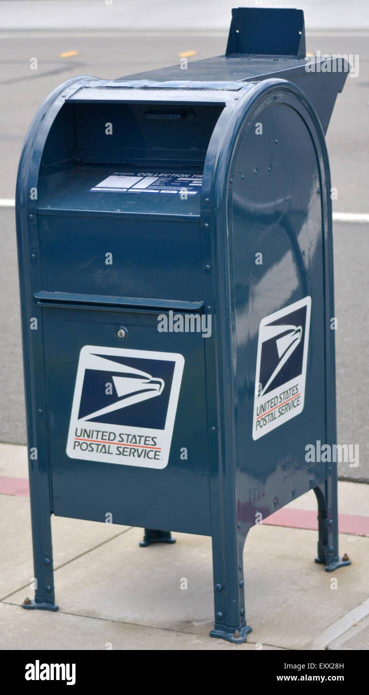 SAN FRANCISCO, USA - MAY 20 2015:United States Postal Service postal box.In 2014, the Postal Service collected $67.8 - Stock Image