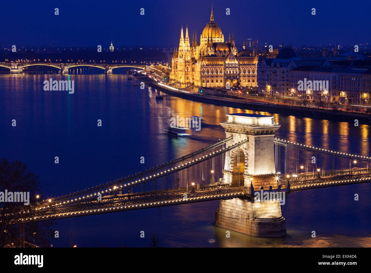 Chain Bridge and Hungarian Parliament - Stock Image