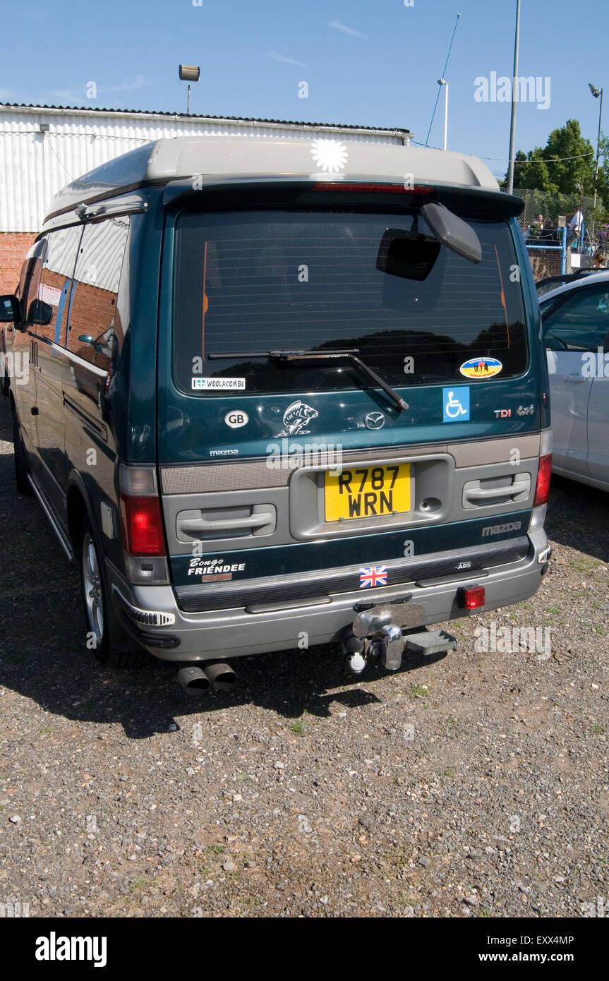 Mazda Bongo Friendee Stock Photos & Mazda Bongo Friendee Stock ...