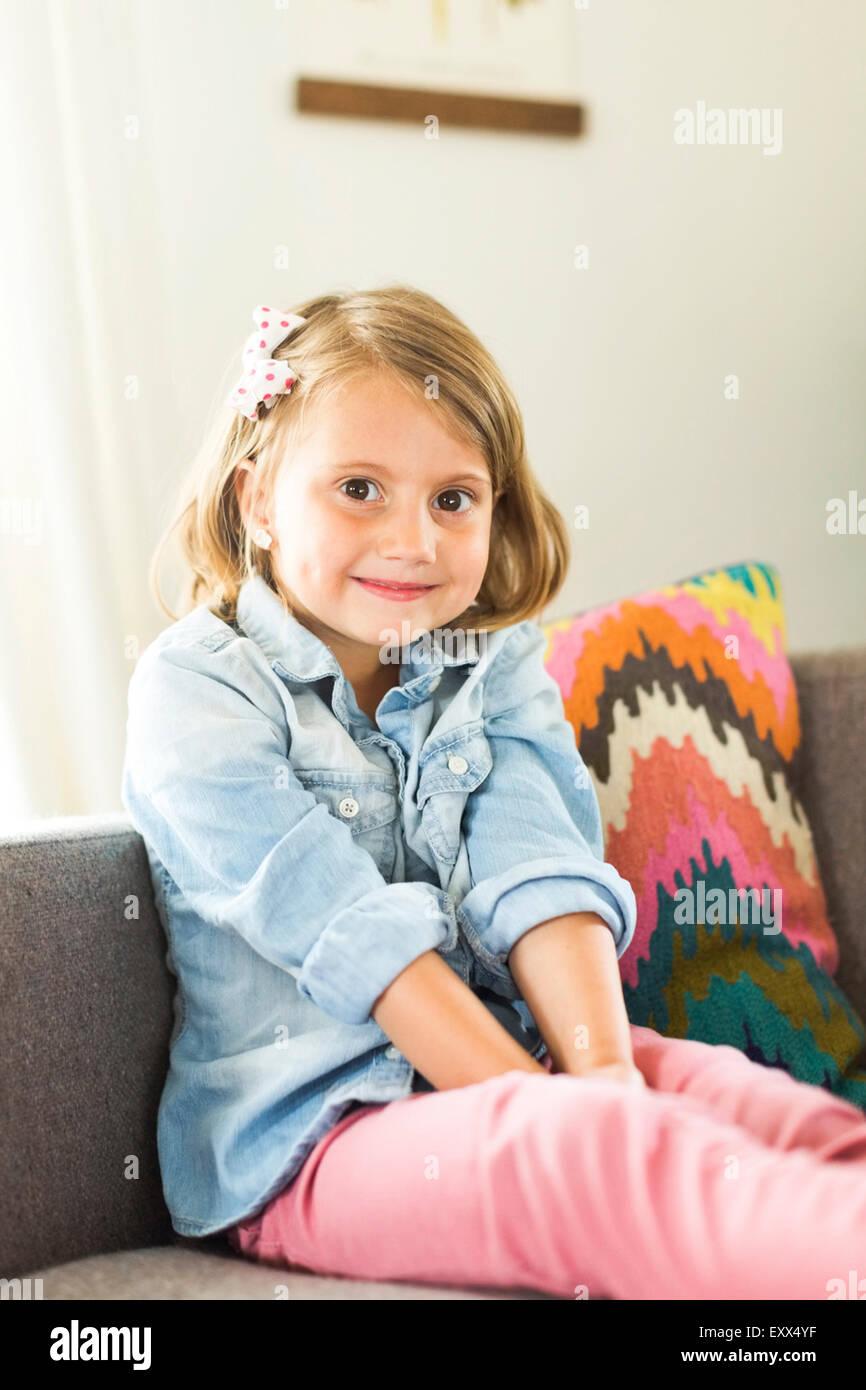 Portrait of little girl (4-5) - Stock Image