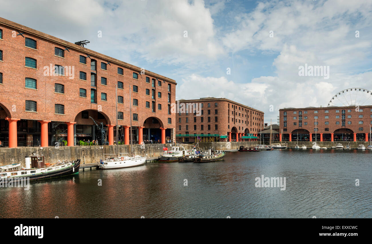 Apartments at Albert Dock, Liverpool, Merseyside, England ...